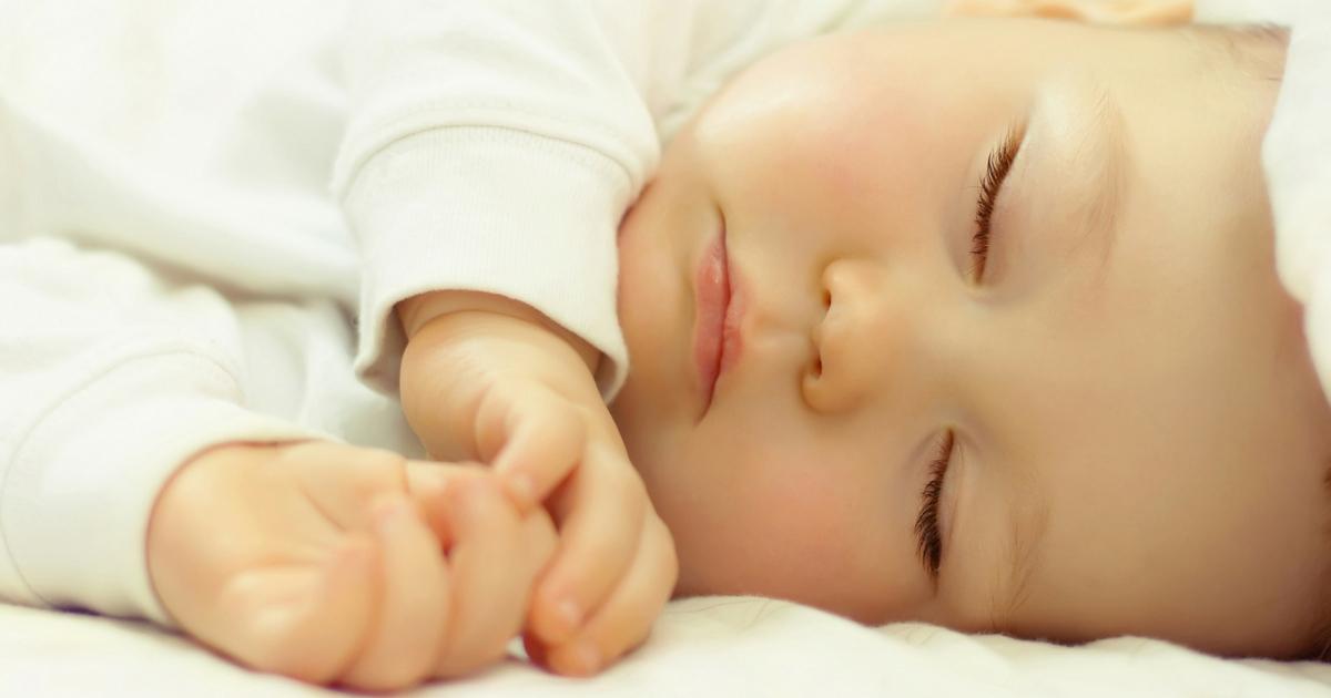 À LIRE! À toi qui veut rester près de ton enfant: c'est normal et sûrement possible, clique pour lire sur www.jematerne.com!