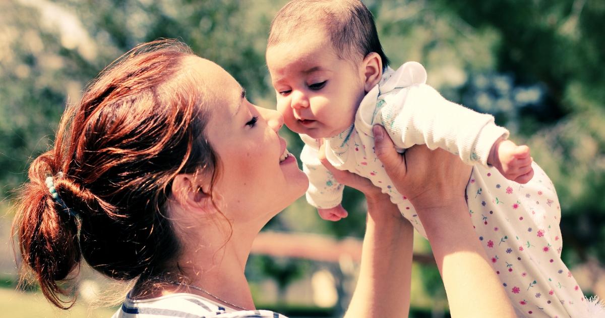 Les 3 erreurs que j'ai commises en devenant maman - à lire absolument sur JeMaterne.com #viedemaman #maman #bébé #enfants