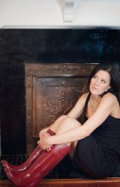 Jen Ellis photo-fireplace