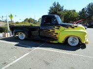 chevy_truck_custom_paint