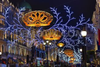 1352849036-regent-street-christmas-lights-switched-on-in-london_1594604