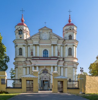 's_Church_Exterior,_Vilnius,_Lithuania_-_Diliff