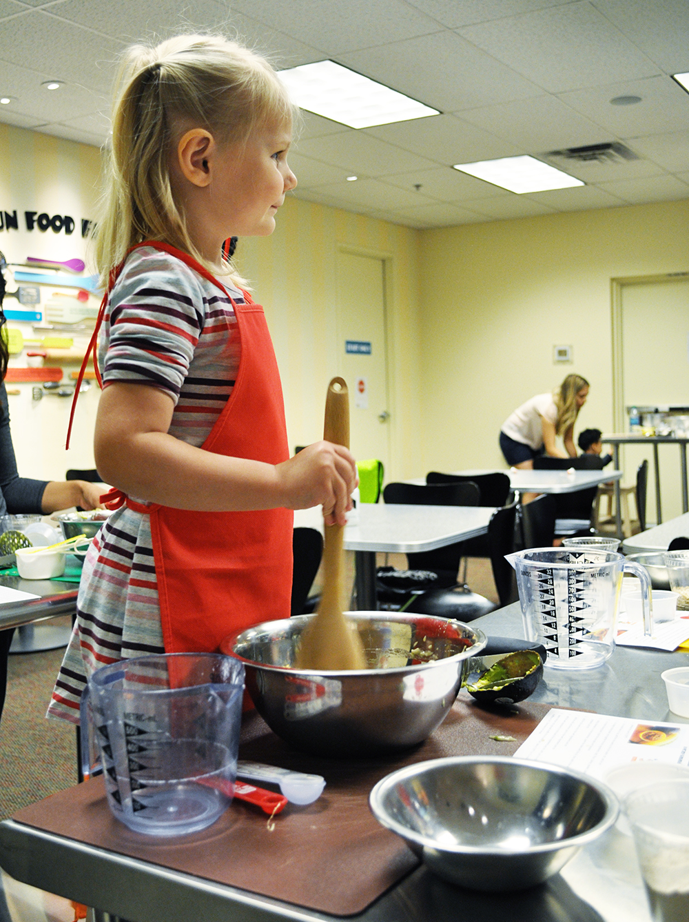 Arizona Adventures: the Toddler Test Kitchen at the Halle Heart Museum in Tempe is a fun, inexpensive way for kids between ages 2 and 6 to learn about cooking, nutrition, and more