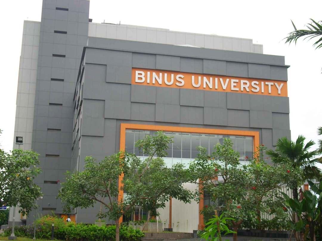 universitas swasta terbaik