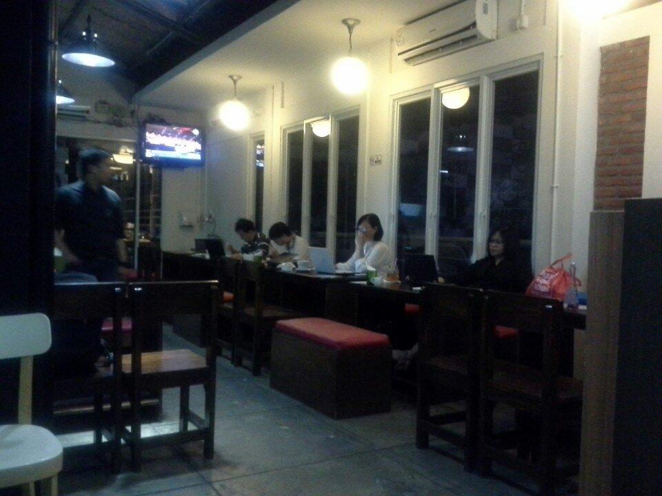 Tempat Makan Jakarta 24 Jam Lucy's Kitchen