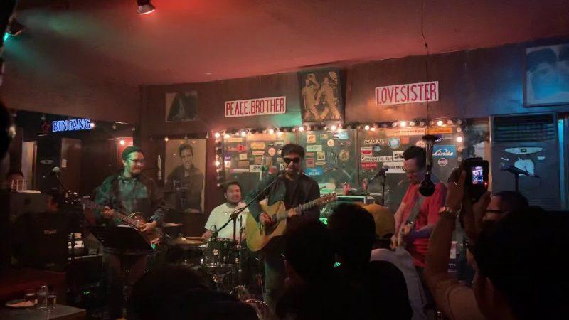 cafe live music di jakarta