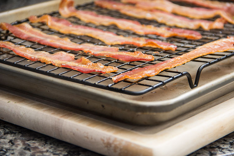 cooking-bacon