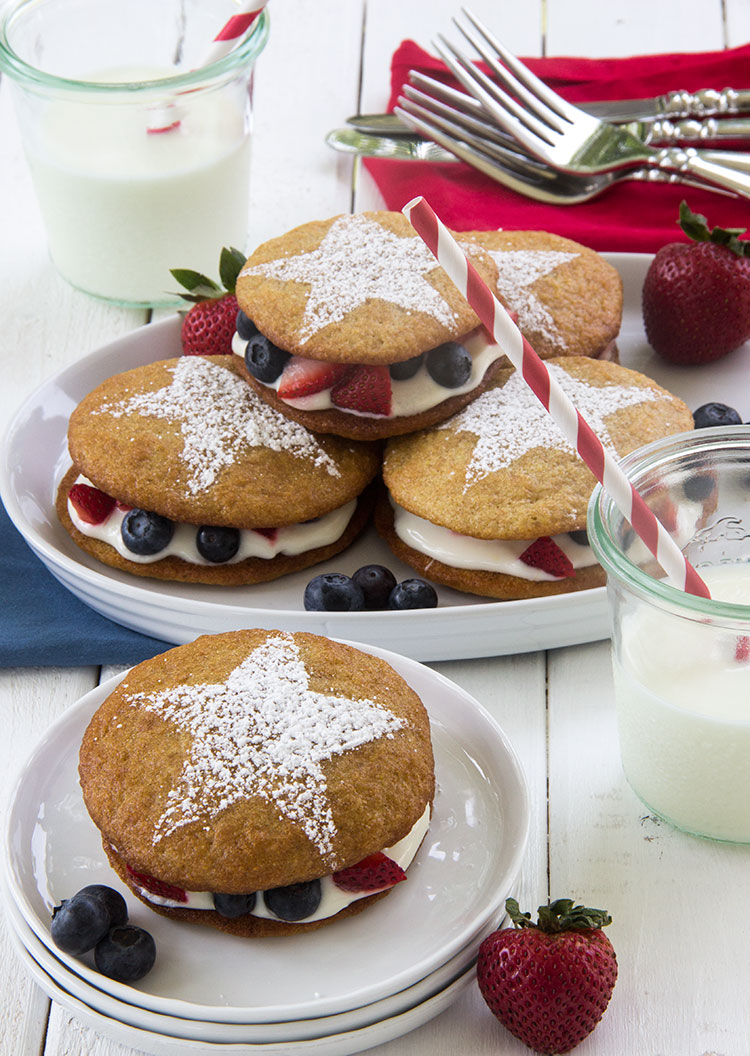 Patriotic-Lemon-Whoopie-Pie-with-Berries-and-Cream