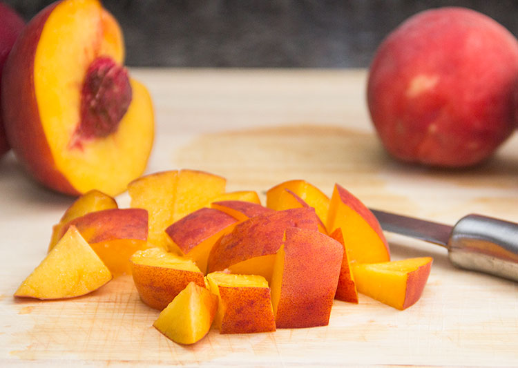 chopping-peaches
