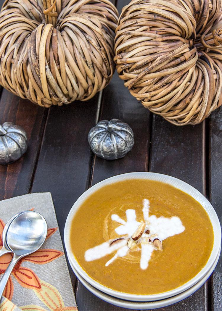 Coconut-Curry-Pumpkin-Soup