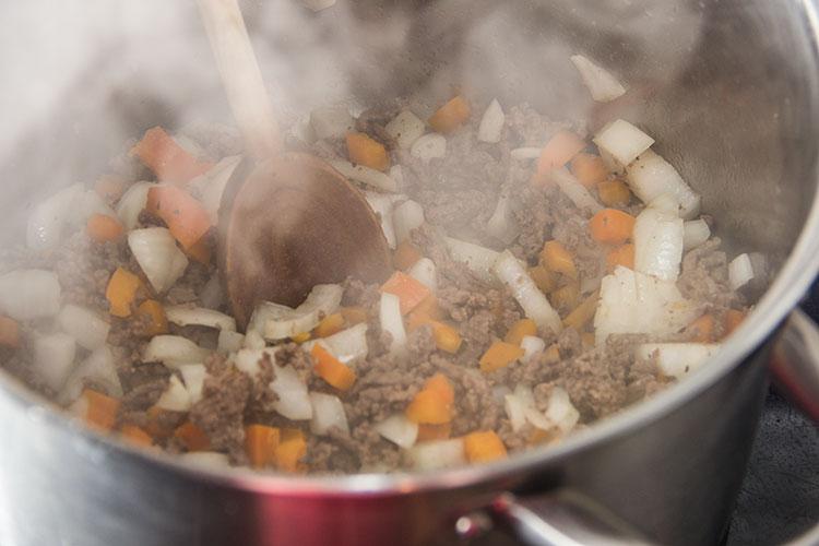 sauteeing-ground-beef-onion-pepper