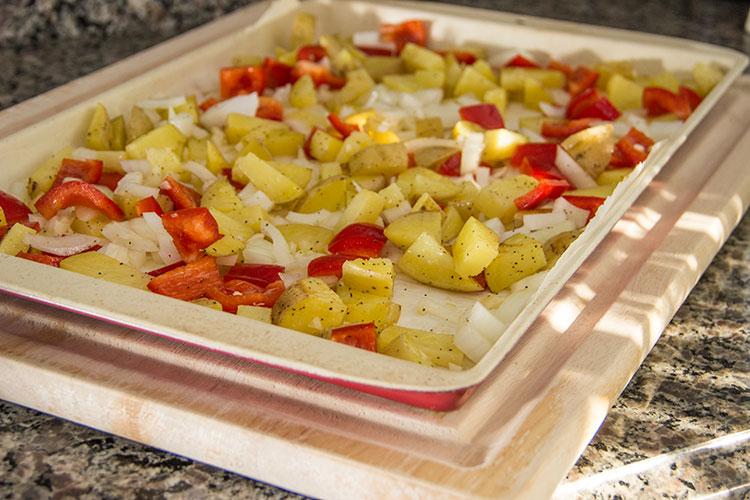 roasting-potato-onion-pepper
