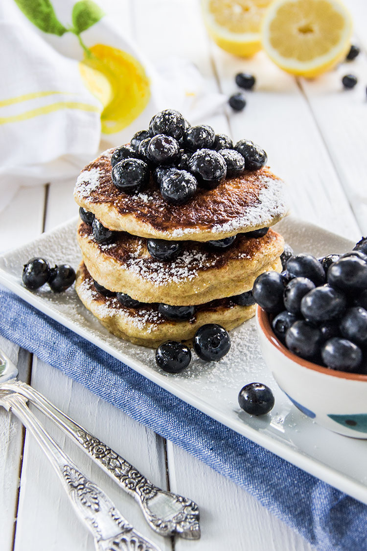 Lemon-Vanilla-Pancakes