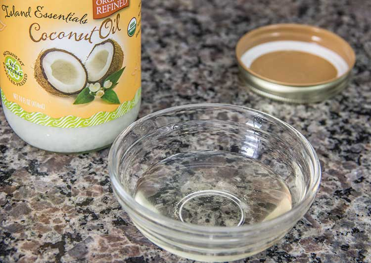 melted-coconut-oil