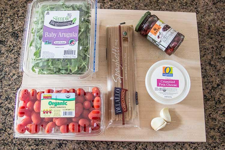 easy-greek-tomato-feta-pasta-ingredients