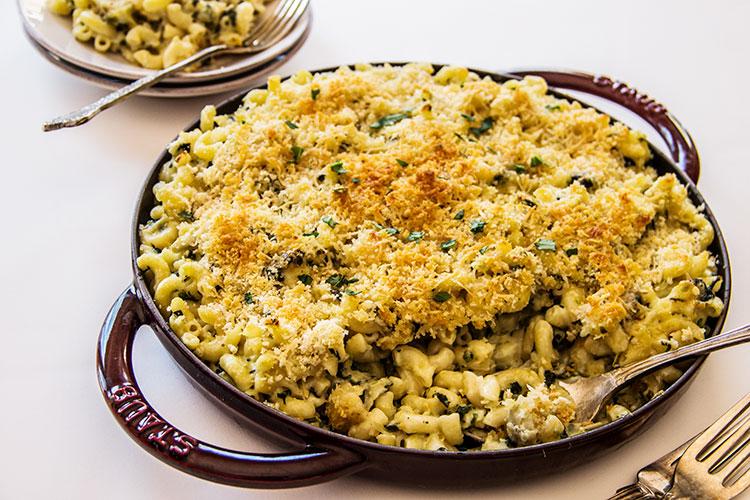 Spinach-Artichoke-Mac-and-Cheese
