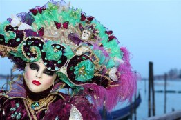 Masque-du-Carnaval-de-Venise-©David-Pin-CreativeCommonsFlickr-