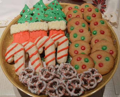 Yes, You Can Enjoy Your Holiday Treats & Stay Fit Too