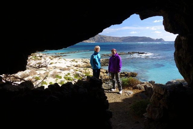 Elafonisi cave shrine 2