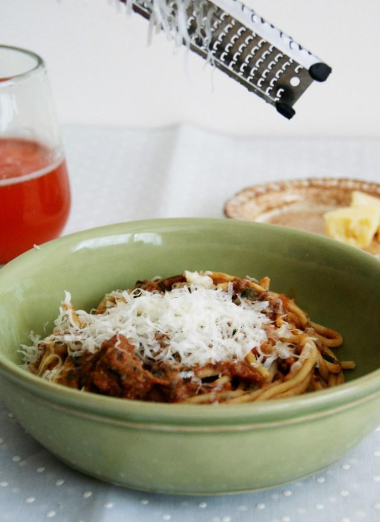 Espagueti en salsa de jitomate deshidratado
