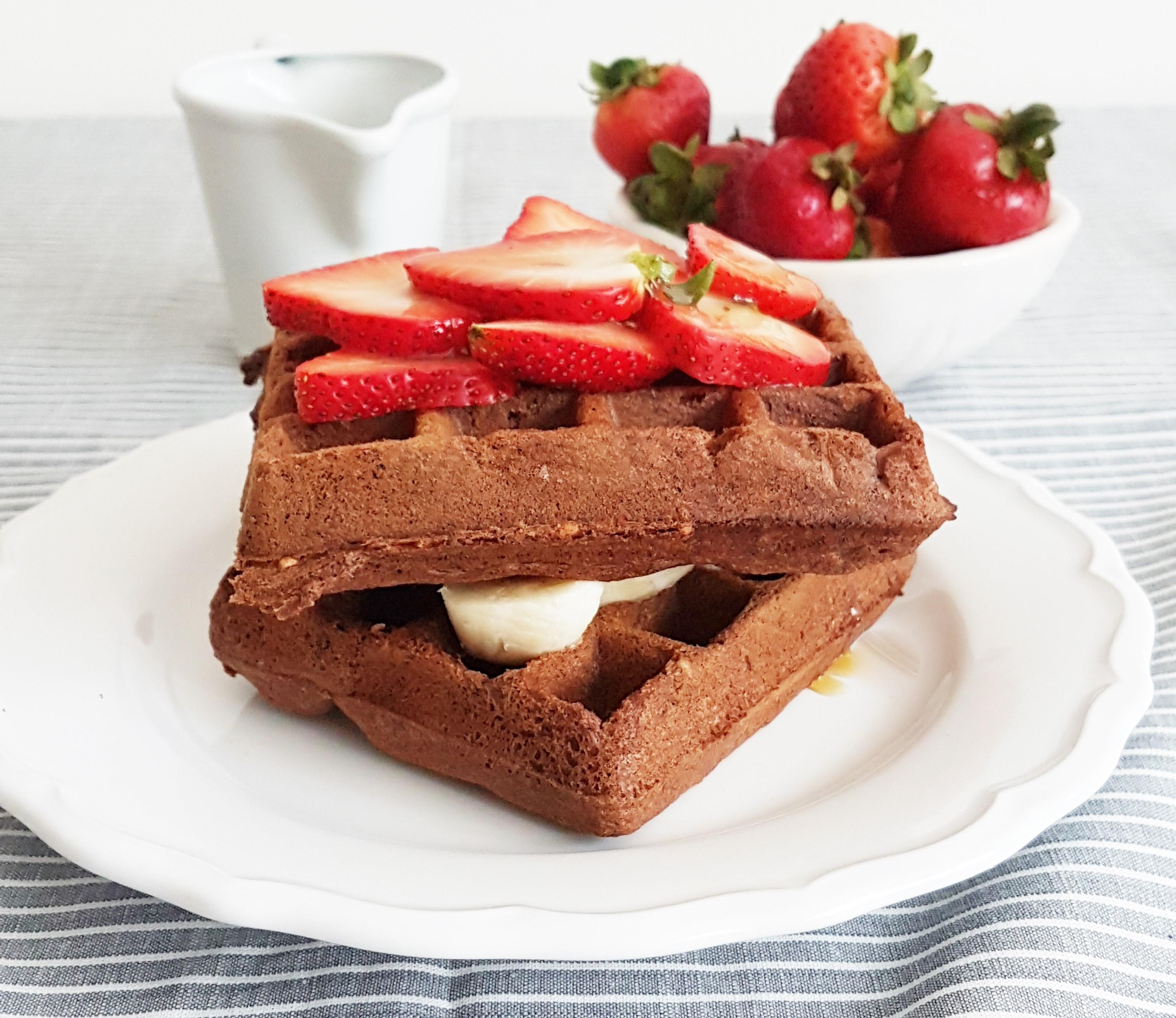 Waffles de chocolate con avellanas