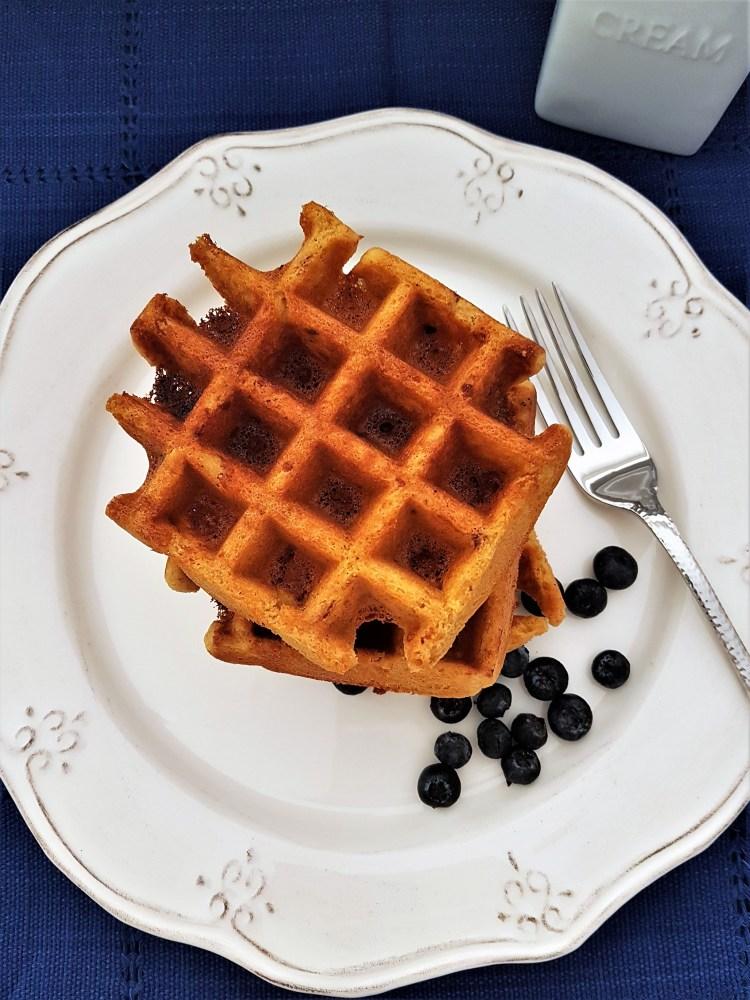 Waffles de crema de almendra y coco
