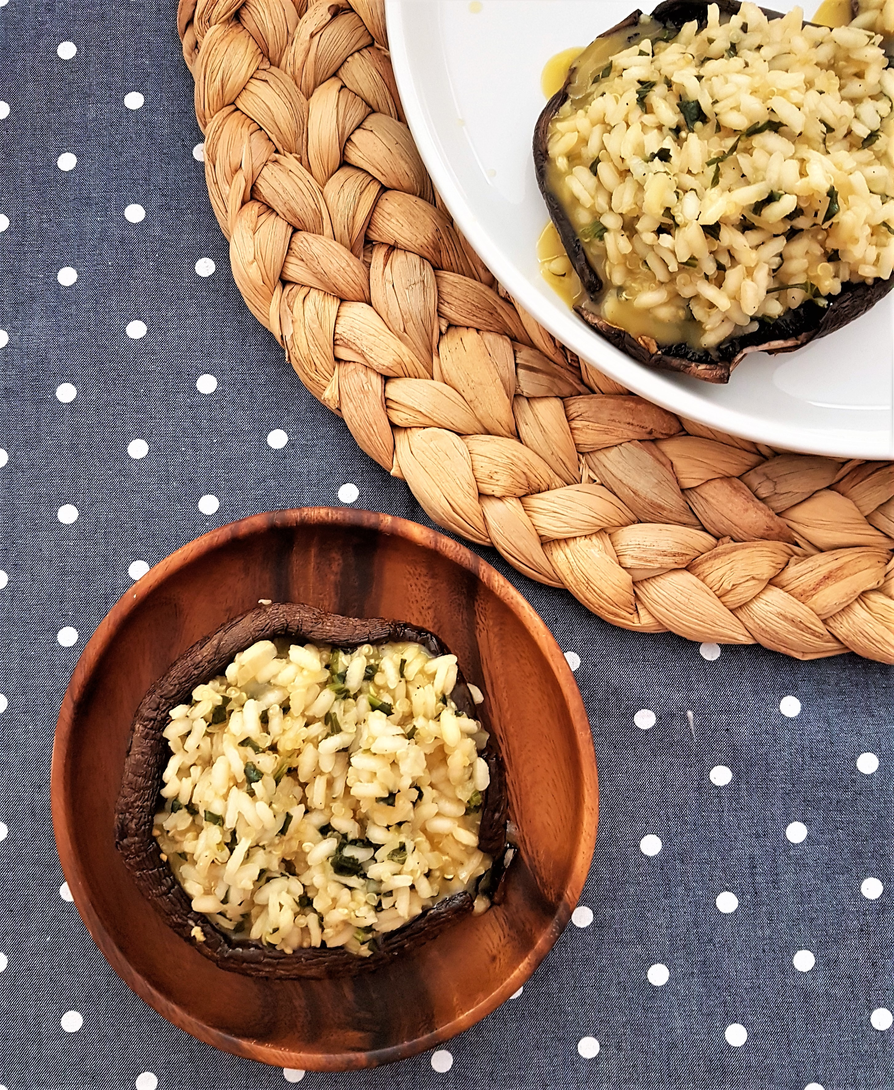 Portobellos rellenos de risotto y quinoa
