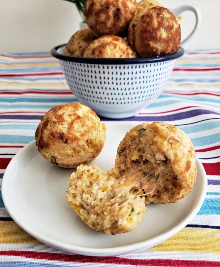 Bolitas de hotcake con jamón y queso (5)