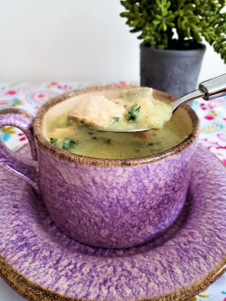 Sopa de coliflor y salmón