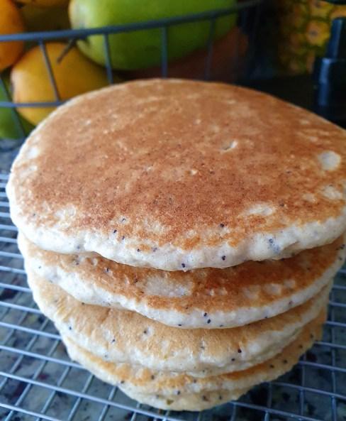 Hotcakes de limón y semillas amapola