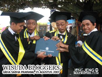 Wisuda Bloggers