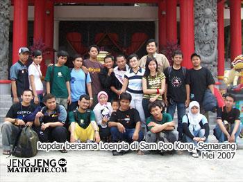 Kopdar bersama Loenpia di Sam Poo Kong, Semarang