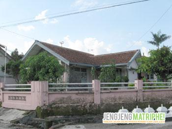 Rumah pemberian Presiden Soekarno kepada K.H. Samanhudi