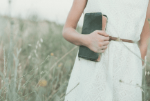3 Reasons to Hold Tightly to God During Divorce