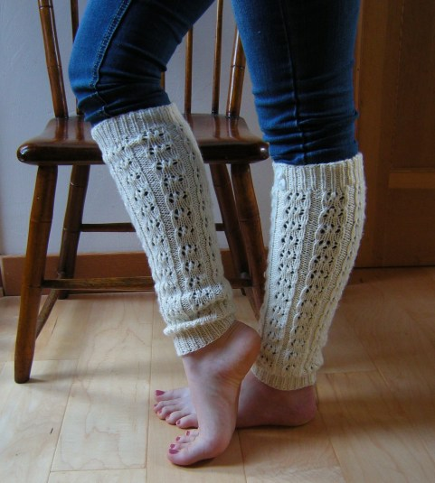 Double Cappuccino Leg Warmers: https://jenjoycedesign.wordpress.com/2013/12/29/double-cappuccino-ruffles/