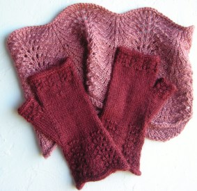 jenjoycedesign©Altitude Mitts ~ Lace