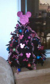 Minnie Mouse Christmas Tree