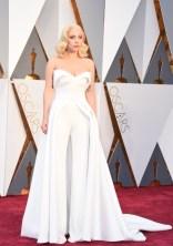 Lady Gaga, vestido por Brandon Maxwell.