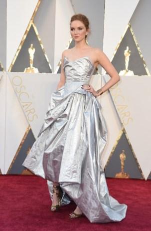 Lily Cole vestindo Vivienne Westwood.