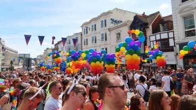 Gay-pride-balloons