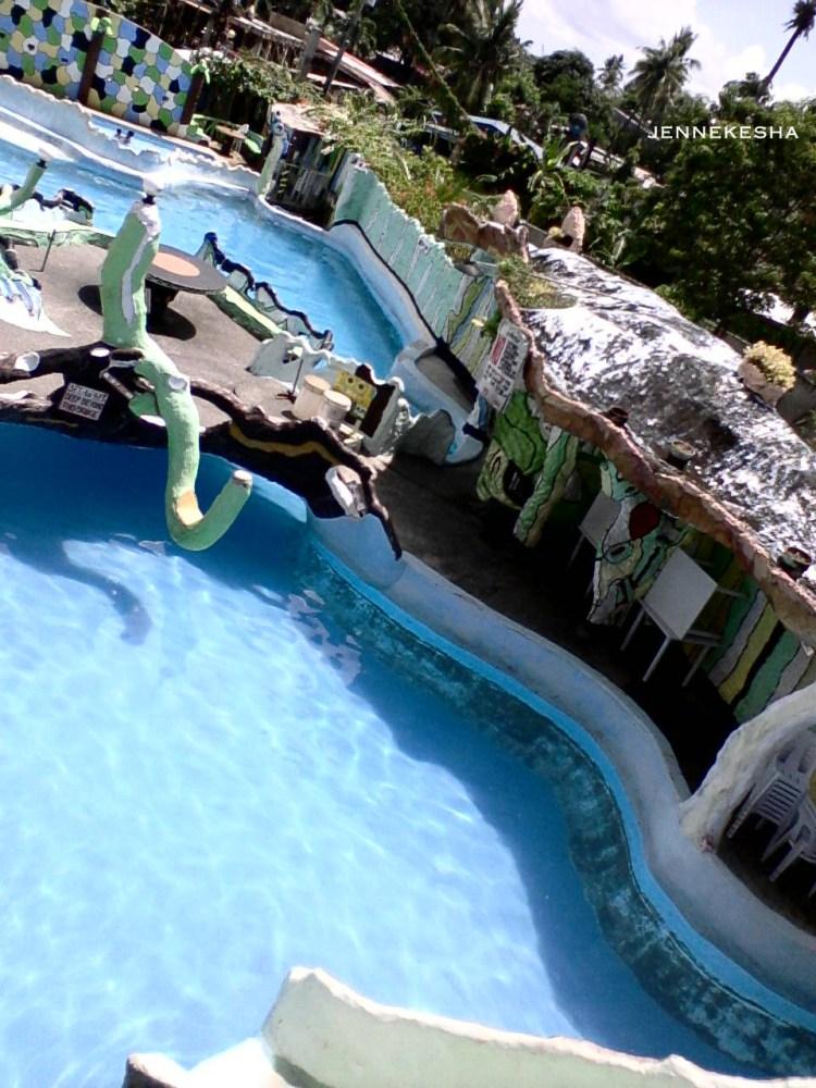 Chillax @ Ruvi Cave Resort (1/6)