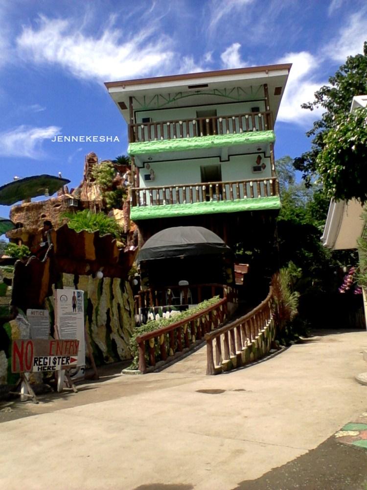 Chillax @ Ruvi Cave Resort (5/6)
