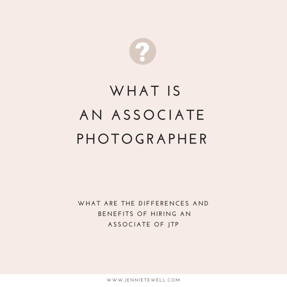 What is an associate photographer graphic