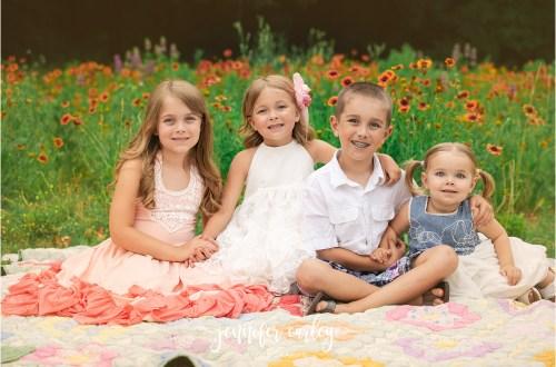 dfw spring portraits, dallas portraits, flower mound portraits, wildflowers, dfw wildflowers, family photos, argyle, southlake, denton, colleyville, grapevine, coppell