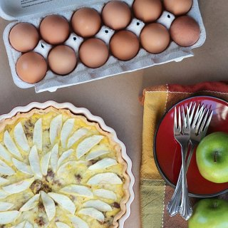 Guest Host :: Land O Lakes Eggs Eggstraordinary Spring Entertaining :: $100 Giveaway