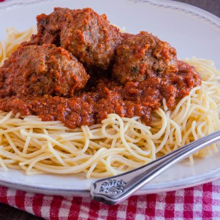 Spaghetti and Meatballs | Jennifer Cooks