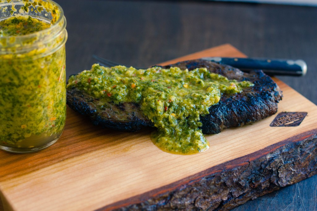 grilled-sirloin-steak-chimichurri-sauce-recipe-4