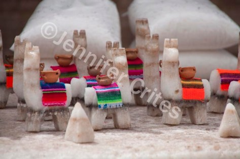 Miniature llamas made of salt