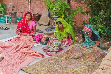 Ranthambhore craft women 7281