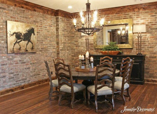 Dining room decorating ideas from Jennifer Decorates.com
